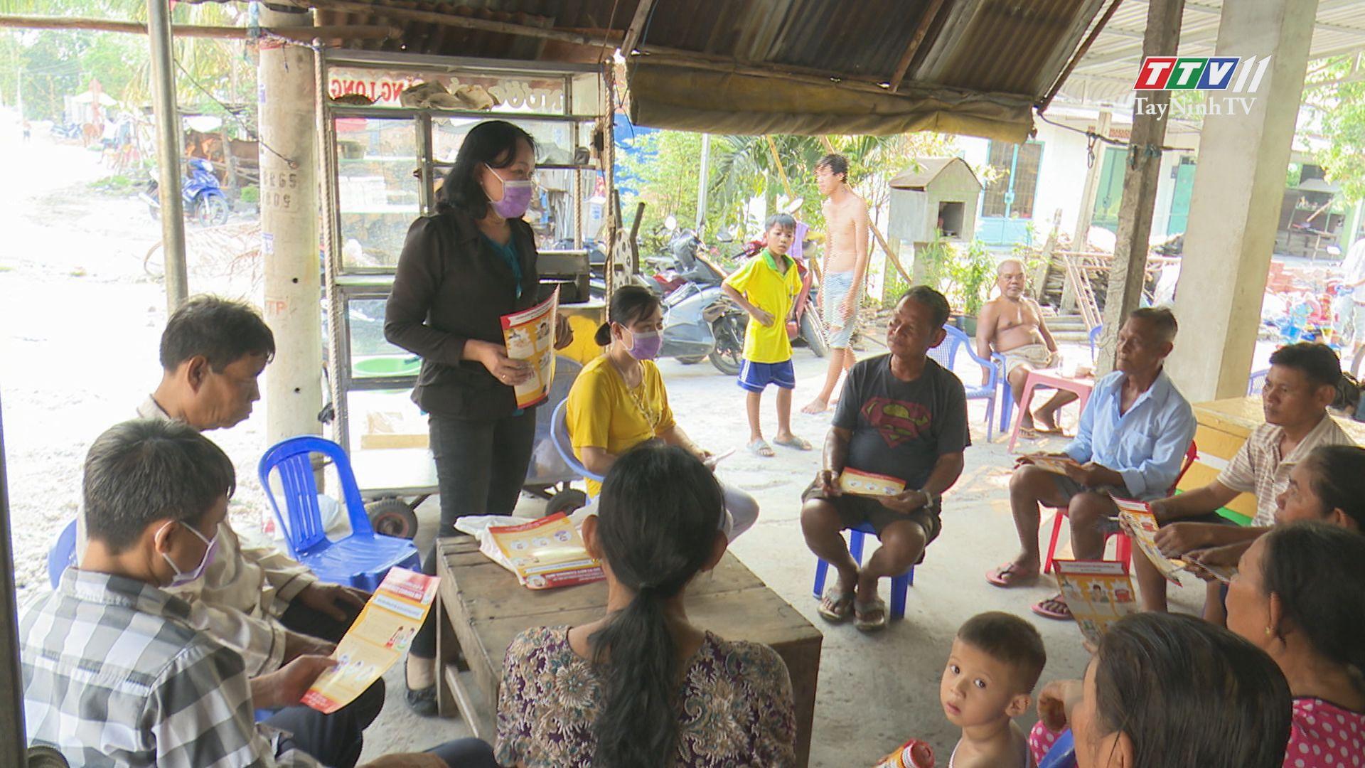 Đồng bào dân tộc ở Tây Ninh tiếp cận thông tin chống dịch bệnh Covid-19 | SỨC KHỎE CHO MỌI NGƯỜI |TayNinhTV