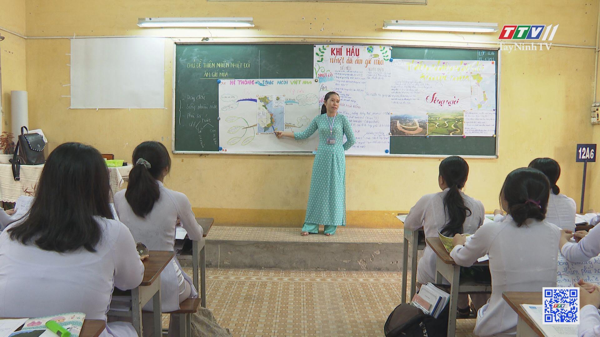 Những giáo viên hết lòng vì sự nghiệp