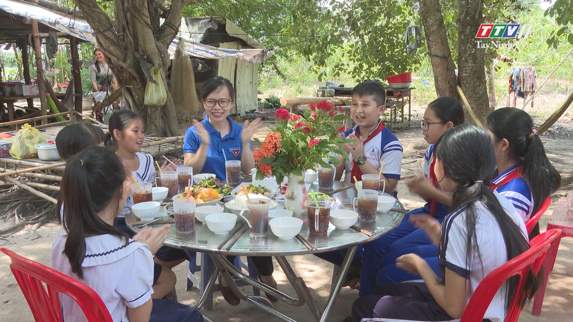 Bữa cơm Đội viên - Mô hình giàu tính nhân văn | THANH NIÊN | TayNinhTV